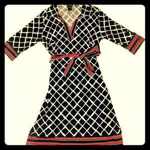 Enfocus quarter sleeve midi dress v neck collared